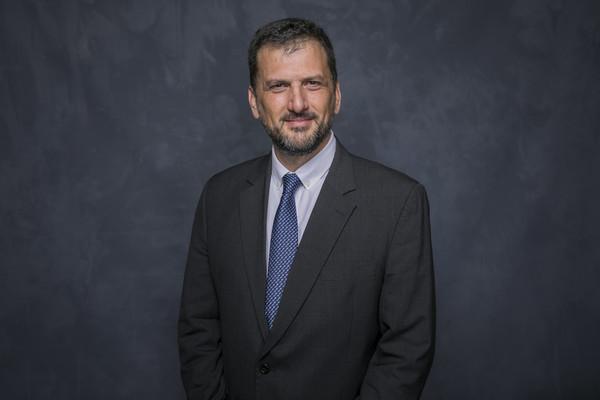 Yaniv Grinstein